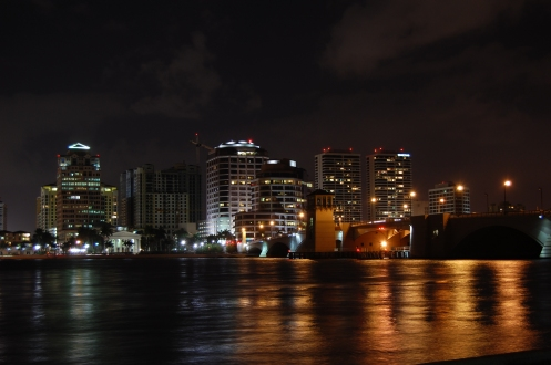 West_Palm_Beach_Skyline_Night