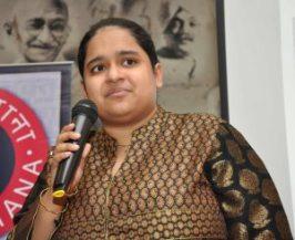 Fiza Pathan, Indian writer